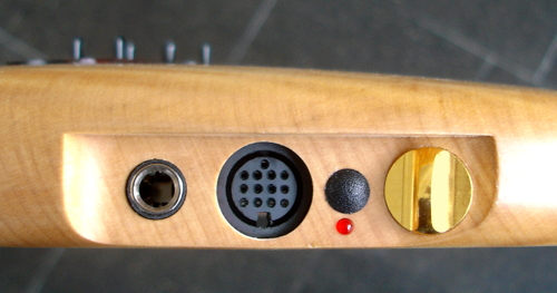 Paradis Guitar with Roland 13pin DIN hexaphonic connector